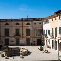 Platz vor der Pfarrkirche Felanitx, Mallorca