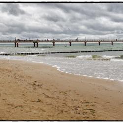 Seebrücke mit Taucherglocke in Zingst
