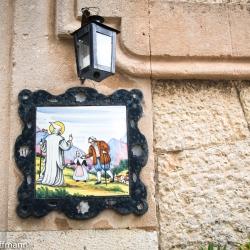 Legenden aus dem Leben der Heiligen Catalina Thomás als Hauskacheln