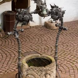 Wartburg - Brunnen im ersten Hof